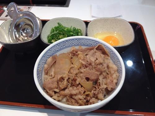 吉野家江坂駅東店4