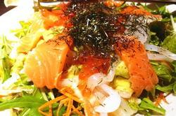 竹取御殿海鮮サラダ